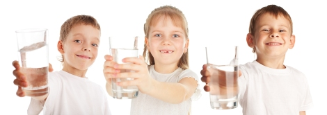 bigstock-Children-with-a-water-glass-is-18350324